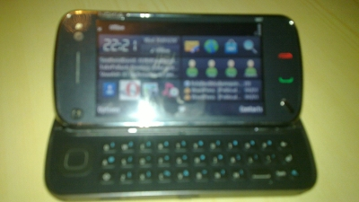 picture of Nokia N97 showing widget desktop
