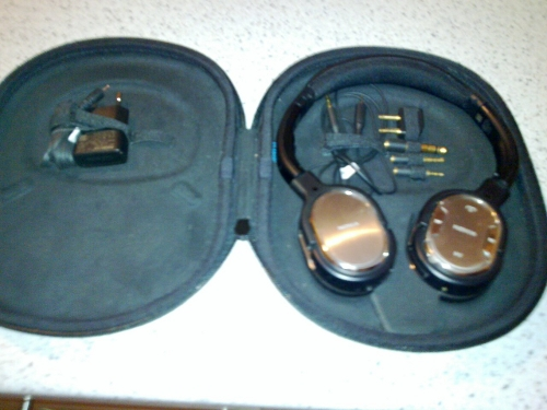 nokia-bh-905-case-open